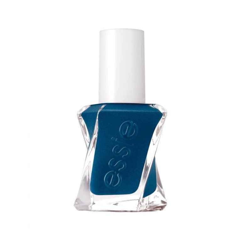 essie-gel-couture-nu-390-surrounded