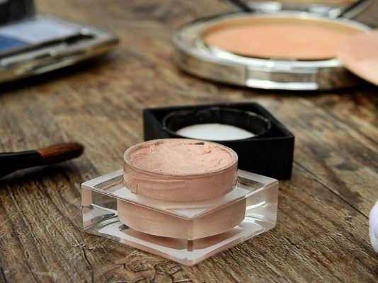 cosmetics make up makeup beauty